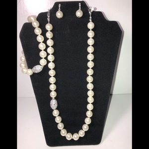 Pearl 3-Piece Gift Set